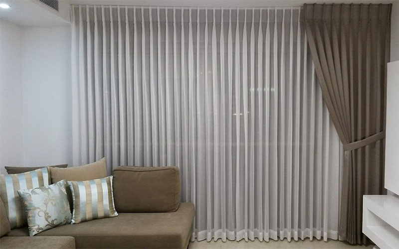 Two curtains layer