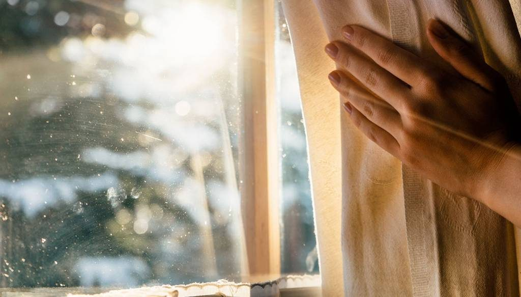 Clean your curtains regularly to keep the home comfy